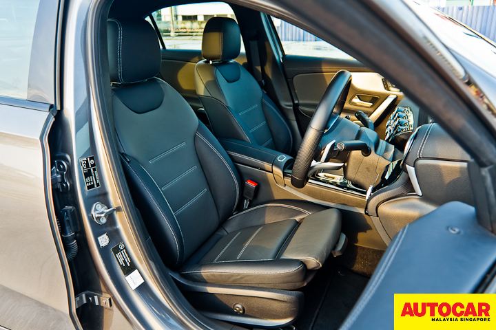 An image of the Mercedes-Benz A250 Sedan AMG Line front occupant seats