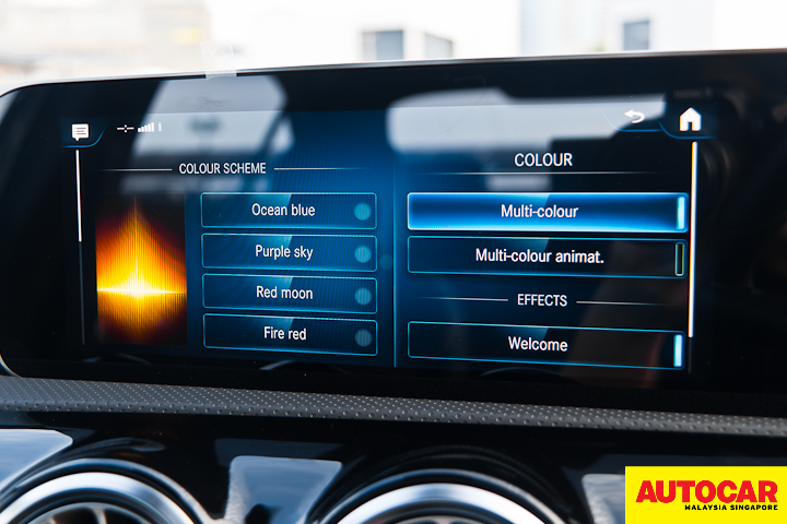 An image of the Mercedes-Benz A250 Sedan AMG mood lighting colour scheme menu