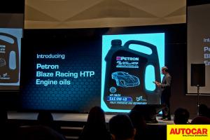 En Mohd Pauzi Mohd Din presenting the HTP technical detail presentation at the Petron Malaysia HTP Engine Oil launch