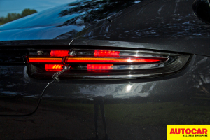2019 Porsche Panamera review - Made by drivers for drivers